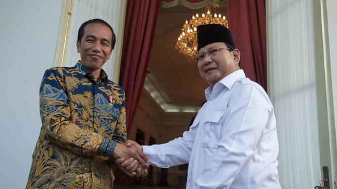 Presiden Joko Widodo dan Ketua Umum Partai Gerindra, Prabowo Subianto.