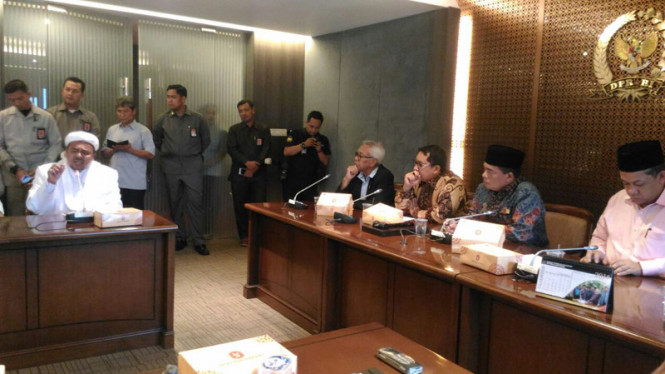 Pimpinan DPR Terima Audiensi GNPF MUI.