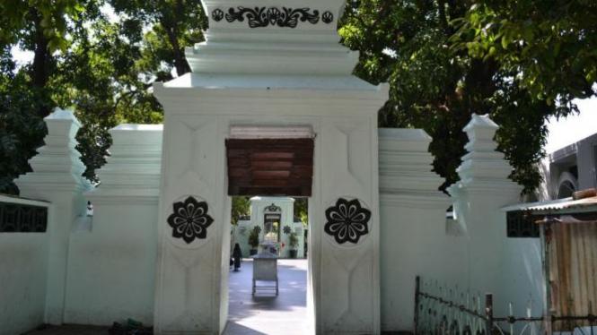 Makam Sunan Ampel Surabaya.