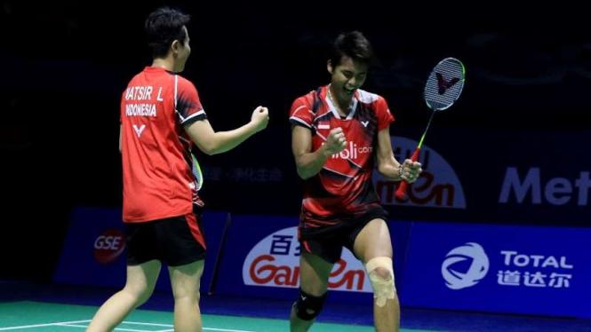 Pasangan ganda campuran Indonesia, Tontowi Ahmad dan Liliyana Natsir.