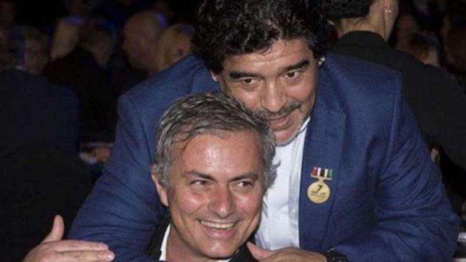 Jose Mourinho dan Diego Maradona