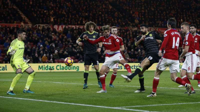 Diego Costa mencetak gol ke gawang Middlesbrough