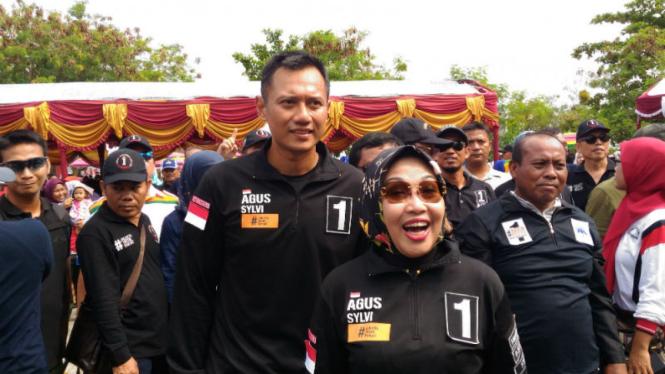 Pasangan calon gubernur dan wakil DKI Jakarta Agus Harimurti Yudhoyono dan Sylviana Murni.