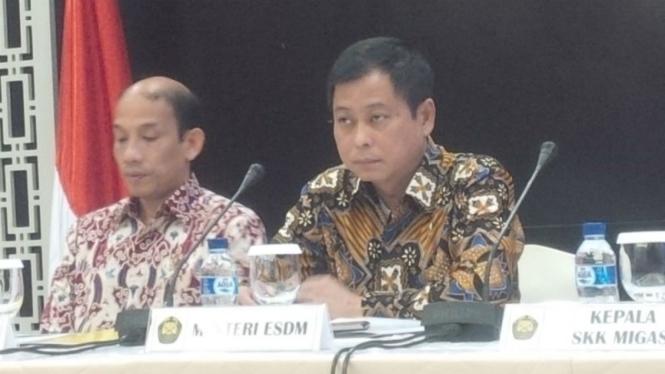 Wakil Menteri ESDM dan Menteri ESDM (Kanan)