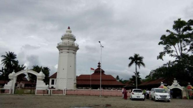 Masjid Agung Banten di Kota Serang.