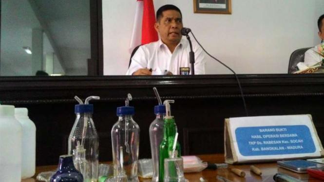 Kepala BNN Jawa Timur, Brigadir Jenderal Polisi Amrin Remico, di kantornya di Surabaya, Jatim, pada Senin, 28 November 2016.