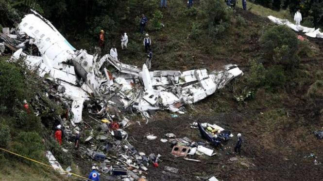 Pesawat yang ditumpangi para pemain Chapecoense jatuh di Kolombia