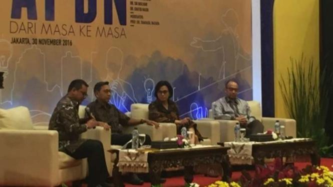 Mantan Wakil Presiden Bpediono dalam diskusi APBN di Kementerian Keuangan.