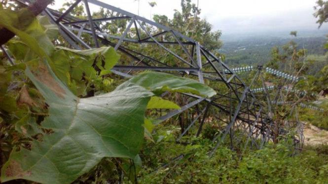 Tower SUTT PLN di Sulut roboh terkena longsor