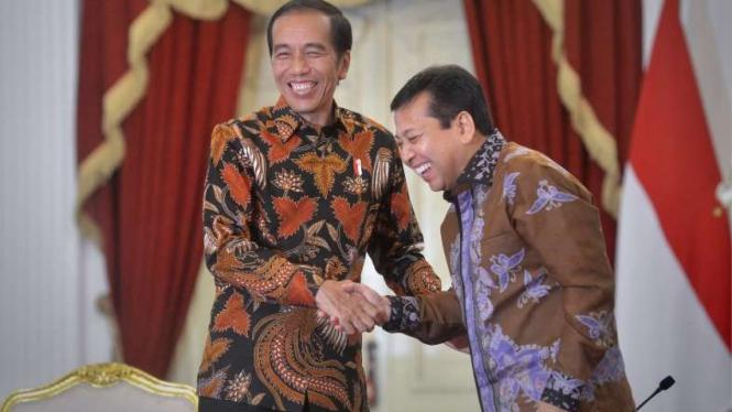 Presiden Jokowi dan Setya Novanto (kanan)