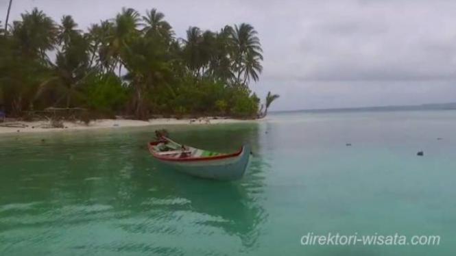Pulau Enggano, Bengkulu.