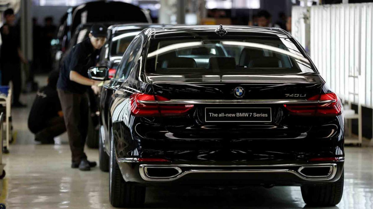 5840d5b54c2cc bmw produksi mobil sedan paling mewah di indonesia 1265 711