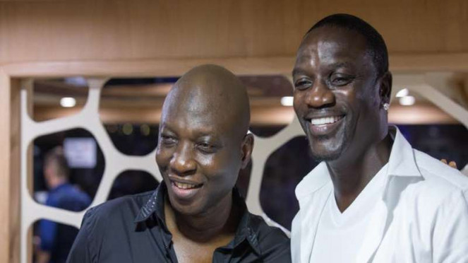 CEO Tulwe, Anthony Karim Adam dan musisi ternama Akon.