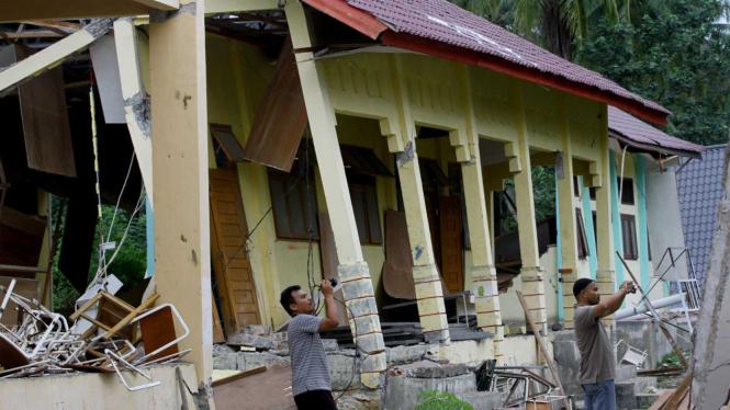 SMKN 1 Bandar Baru Rusak Parah Diterjang Gempa Aceh