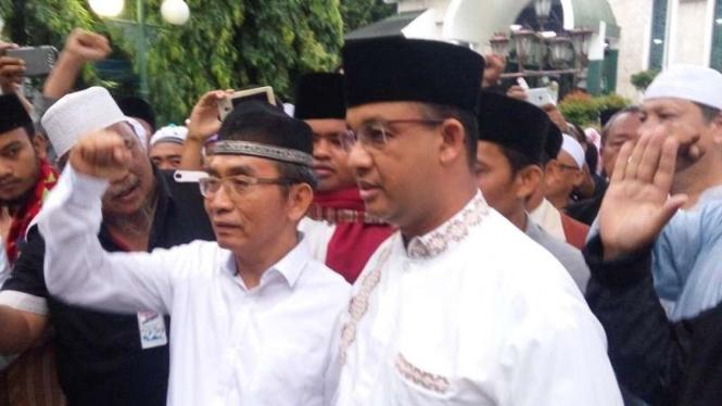 Anies Baswedan di Masjid Sunda Kelapa, Senin (12/12).