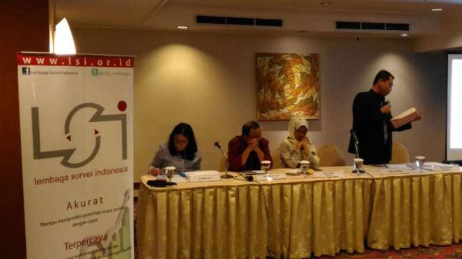 Lembaga Survei Indonesia dalam suatu konferensi pers. (Foto ilustrasi).
