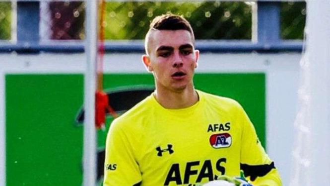 Kiper muda Belanda Jasper Schendelaar