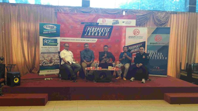 Jubir pasangan Agus Yudhoyono dan Sylviana Murni dalam diskusi