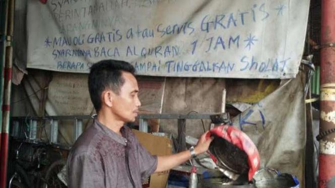 Bengkel milik Hasanuddin di Makassar