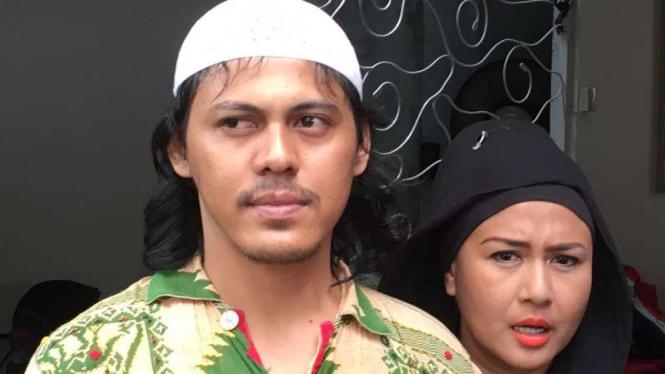 Ria Irawan dan suami, Mayky Wongkar.