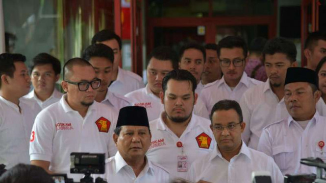 Prabowo Subianto dan Anies Baswedan