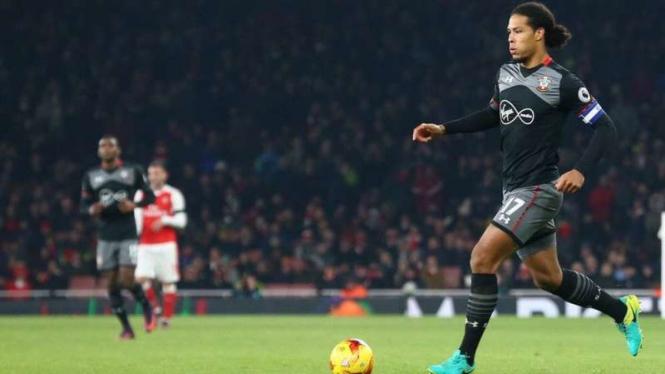 Pemain belakang Southampton, Virgil van Dijk