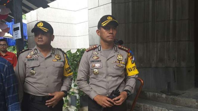 Kapolres Metro Jakarta Pusat, Komisaris Besar Polisi Dwiyono di Gereja Katedral.