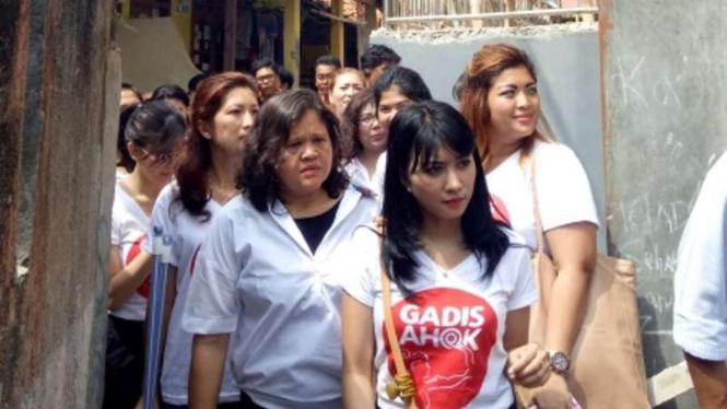 Gadis Ahok Aksi Lingkungan di Cipete Jakarta Selatan