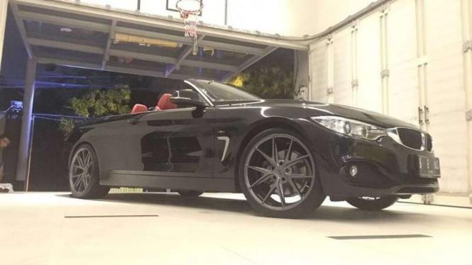 BMW Seri 4 Convertible.