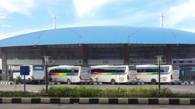 Terminal Pulogebang, Jakarta Timur