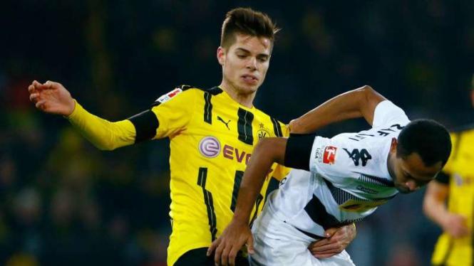 Gelandang Borussia Dortmund, Julian Weigl