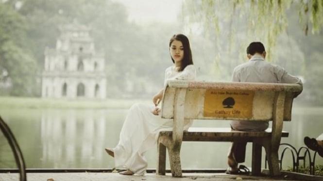 Ilustrasi pudarnya hubungan dengan kekasih.