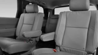 https://thumb.viva.co.id/media/frontend/thumbs3/2016/12/29/5864d27354cff-jok-model-captain-seat_325_183.jpg
