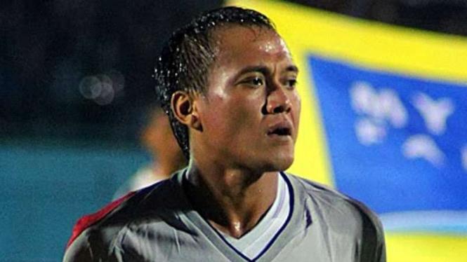 Penjaga gawang Arema FC, Achmad Kurniawan