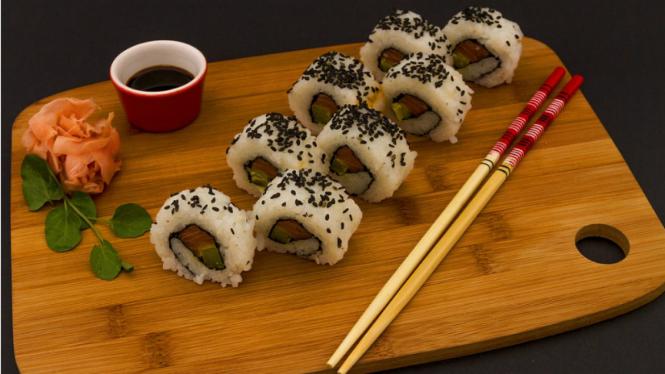 Ilustrasi sushi dan acar jahe.