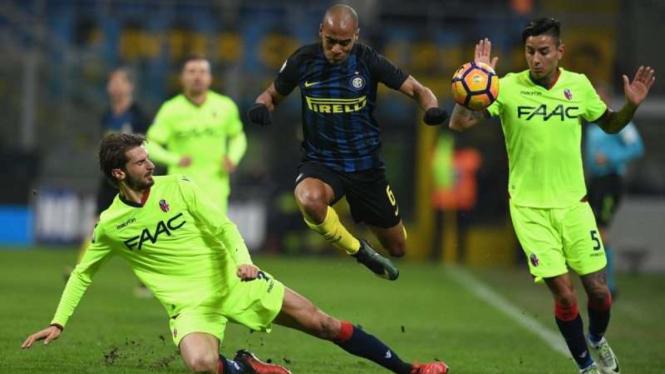 Gelandang Inter Milan, Joao Mario (tengah)
