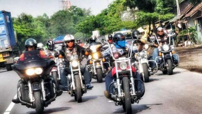 Touring Harley-Davidson