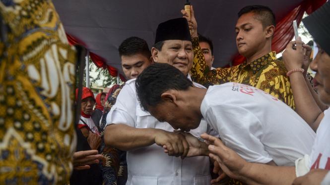 Ilustrasi Prabowo bantu anies-sandi kampanye