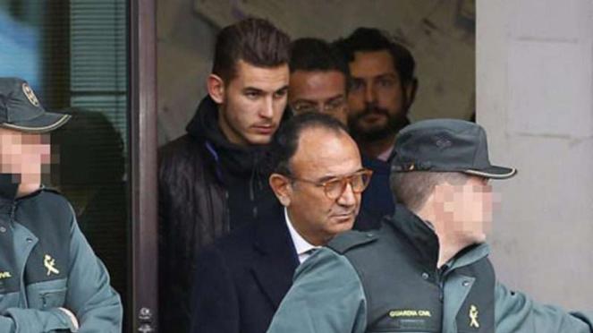 Pemain Atletico Madrid, Lucas Hernandez, keluar ruang sidang