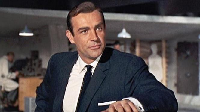 Sean Connery pemeran James Bond.