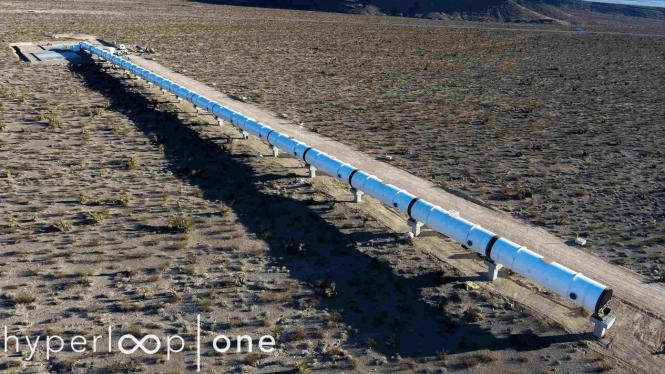 Hyperloop One.