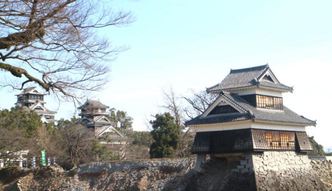 Kastil Kumamoto di Jepang