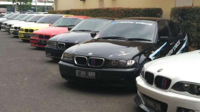 Ilustrasi BMW E46.