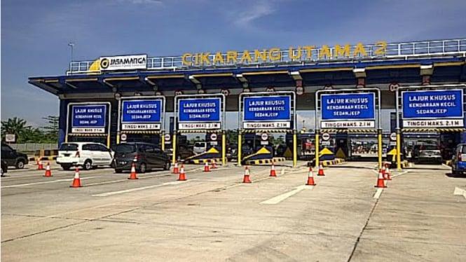 Gerbang Tol Cikarang Utama 2.