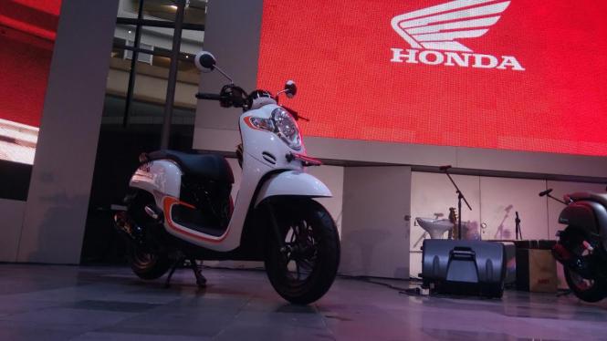 Honda Scoopy terbaru