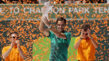 https://thumb.viva.co.id/media/frontend/thumbs3/2017/04/03/58e1f6f8b8c83-federer-juarai-miami-open-usai-kalahkan-nadal_213_120.jpg