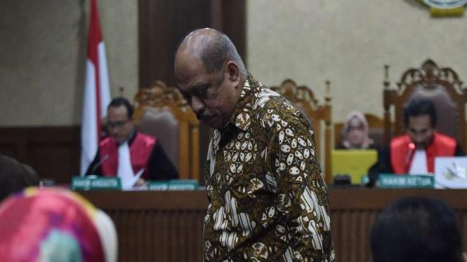 Mantan Ketua Banggar DPR Melchias Markus Mekeng bersaksi di sidang E-KTP.