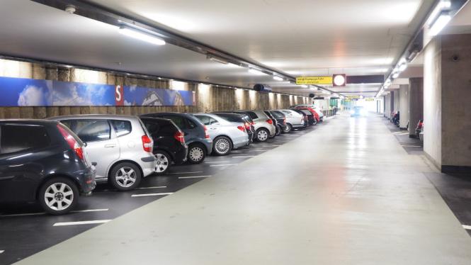 Ilustrasi parkiran mobil.