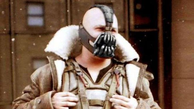 Tom Hardy pemeran Bane di film Batman