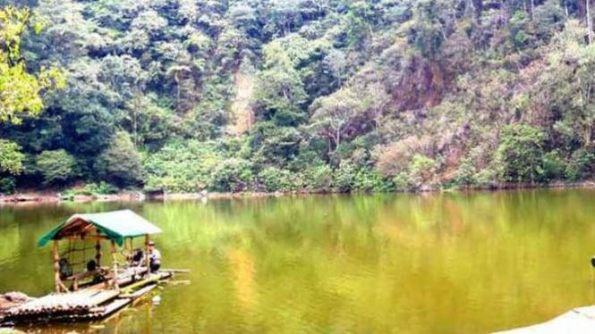 16 Tempat Wisata Alam Di Bogor Viva